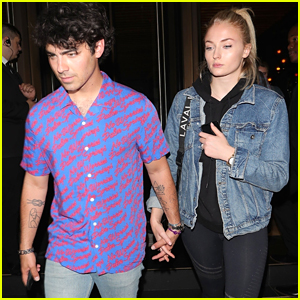 Joe Jonas & Sophie Turner Hold Hands on Date Night in London!