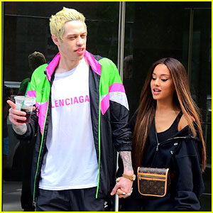 Ariana Grande & Pete Davidson Brighten Up New York City