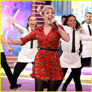 Cozi Zuehlsdorff Performs 'At Last It's Me' From 'Freaky Friday' on GMA