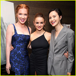 Joey King & 'Slender Man' Cast Attend Special Screening of Their Horror Film!