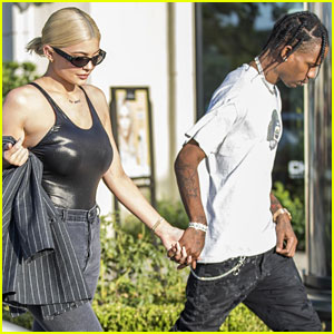 Kylie Jenner Indulges in Some Retail Therapy With Travis Scott After Her Birthday