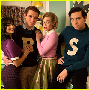'Riverdale' Will Have a True Flashback Episode in Season 3
