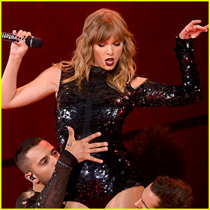 Taylor Swift Makes History with 'reputation Stadium Tour'
