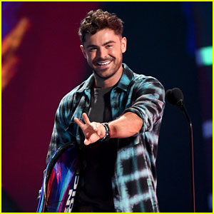 Zac Efron Shows Off His New Haircut at Teen Choice Awards 2018!
