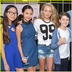'Bizaardvark' Cast Wraps Filming on Season Three - See Their Posts!