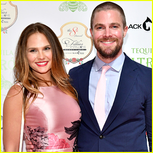 Stephen Amell's Real Life Wife Cassandra Jean To Star in Arrow-verse Crossover