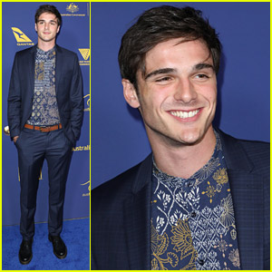 Jacob Elordi Suits Up For Australians in Film Awards Dinner 2018