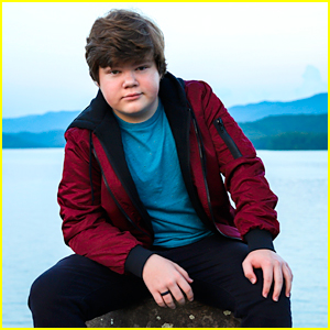 Get To Know 'Goosebumps 2' Star Jeremy Ray Taylor With 10 Fun Facts