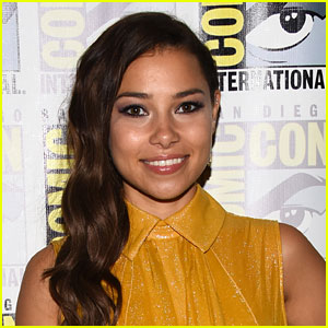 Jessica Parker Kennedy Opens Up More About Nora West-Allen's Relationship With Her Parents on 'The Flash'