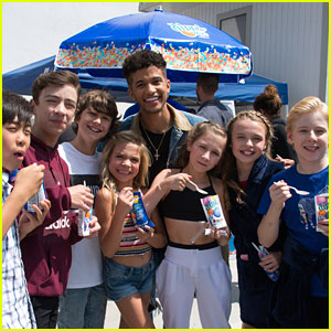 Jordan Fisher Surprises 'DWTS: Juniors' Cast With Dippin' Dots Before Filming!