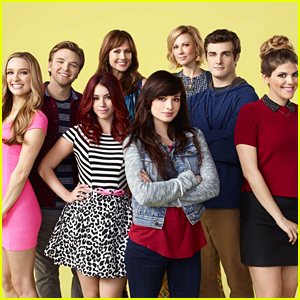 Greer Grammer, Brett Davern, Beau Mirchoff & More MTV 'Awkward' Cast Reunite!