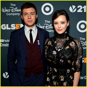A 'Love, Simon' Reunion Happened at the GLSEN Awards!