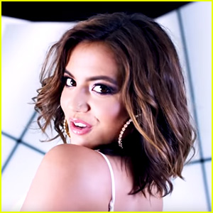 Isabela Moner Releases Two New Songs 'Lista De Espera' & 'I'll Stay' - Watch Here!