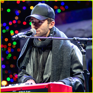 Jake Miller Rings In Holiday With Tree Lighting Performance