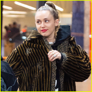 Miley Cyrus Jets Off to New York City!