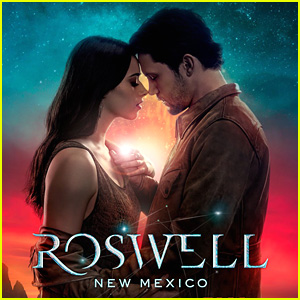 'Roswell, New Mexico' Gets Out Of This World Poster - See It Here!