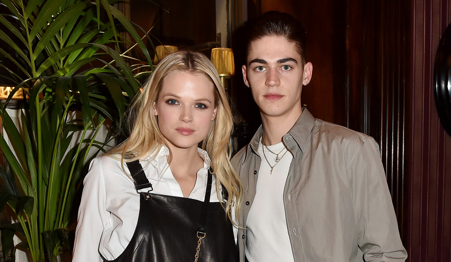 After S Hero Fiennes Tiffin Meets Up With Gabriella Wilde At Ferragamo Dinner Charlie Heaton Fashion Gabriella Wilde Hero Fiennes Tiffin Jeremy Irvine Joe Keery Maika Monroe Michelle Monaghan Natalia Dyer