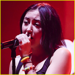 Noah Cyrus Posts Selfie in Tears After Ex Lil Xan Confirms He's Expecting His First Child