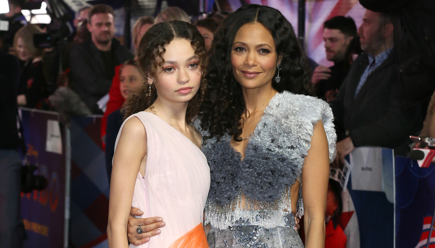 Nico Parker Stuns at 'Dumbo' UK Premiere with Mom Thandie Newton!