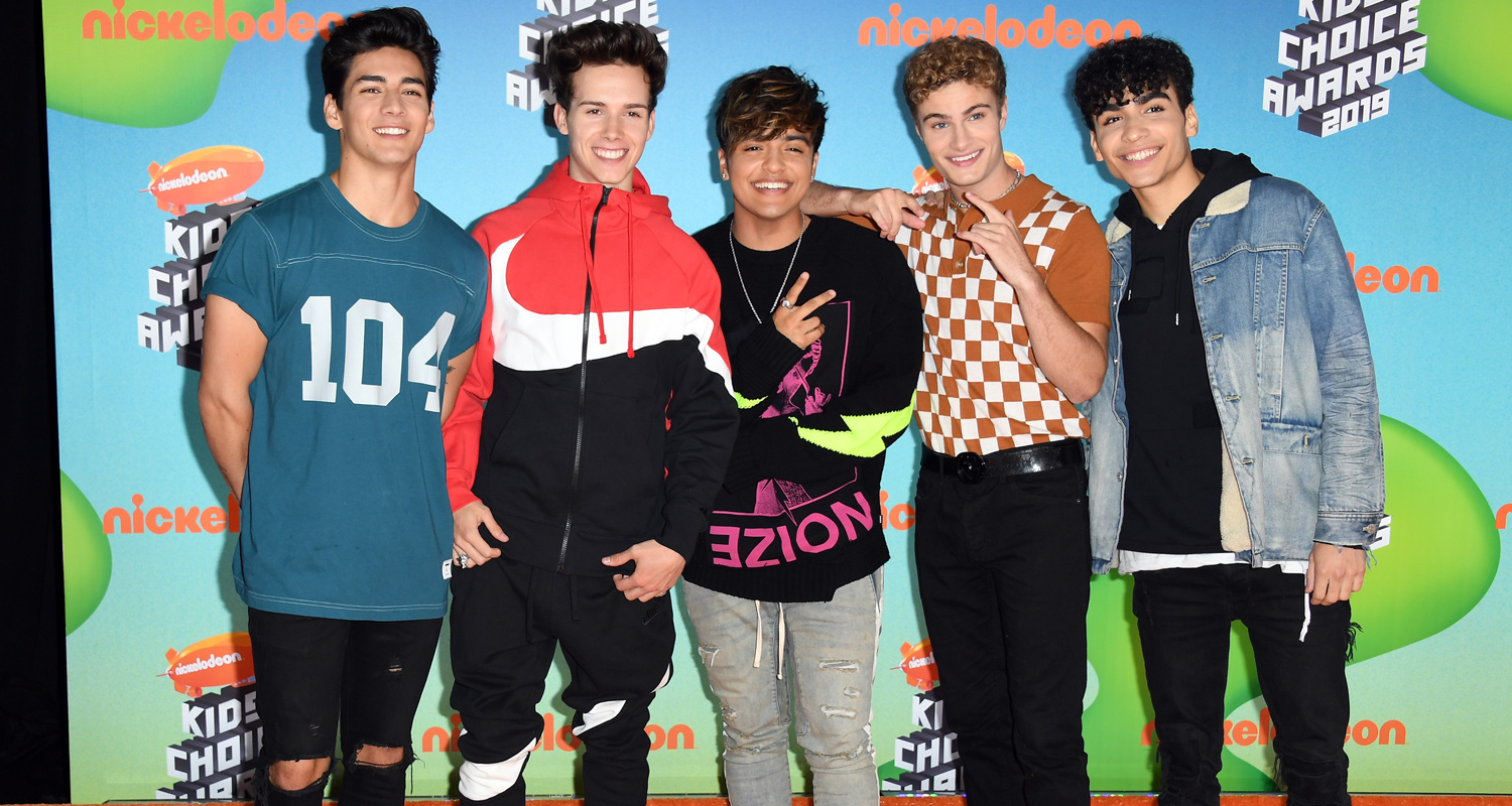 In Real Life Show Their Style at Kids' Choice Awards 2019!