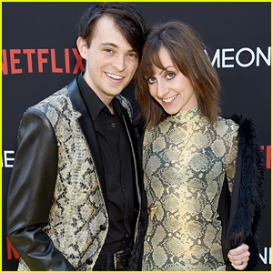 Allisyn Ashley Arm & Fiance Dylan Riley Snyder Have Matching Moment at 'Someone Great' Premiere