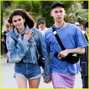 Kaia Gerber Hangs Out with Tommy Dorfman at Coachella!