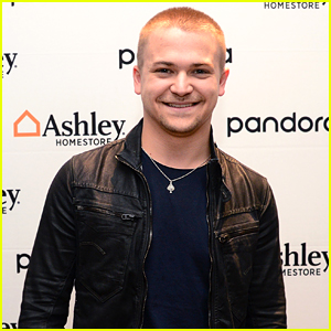 Hunter Hayes Opens Up About His Relationship With Social Media