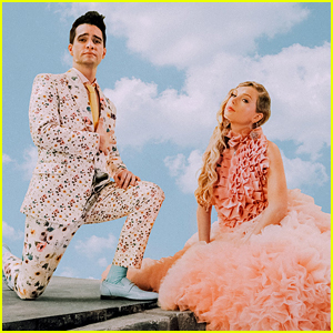 Taylor Swift and Brendon Urie Preview Their BBMA Performance in New 'ME!' Vertical Video