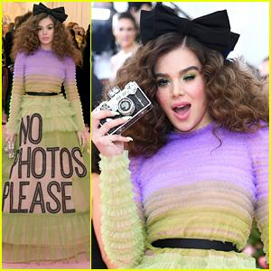 Hailee Steinfeld Says 'No Photos Please' at Met Gala 2019