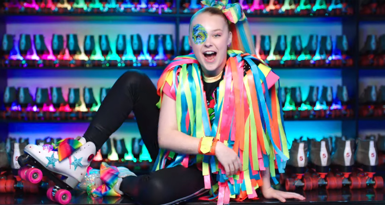 JoJo Siwa Drops 'Worldwide Party' Music Vid For Her 16th Birthday – Watch Now!