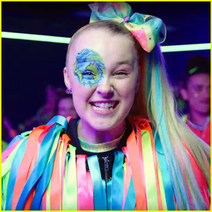 JoJo Siwa Drops 'Worldwide Party' Music Vid For Her 16th Birthday - Watch Now!