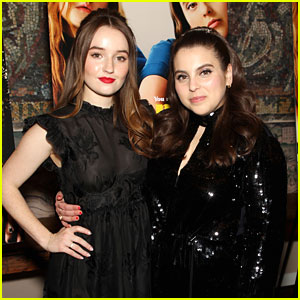 Kaitlyn Dever & Beanie Feldstein Dress In All Black at 'Booksmart' NYC Screening