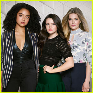 'The Bold Type' Stars Katie Stevens, Aisha Dee, & Meghann Fahy Had Instant Chemistry Their First Meeting!