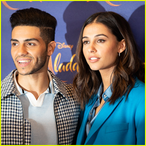 The Stars of 'Aladdin' (2019) Sing 'A Whole New World' - Listen Now!