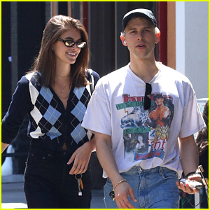 Kaia Gerber & Tommy Dorfman Lunch With Emily Ratajkowski in NYC