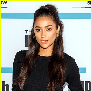 Shay Mitchell Goes For Her Pop Star Fantasy with Blue Hair!