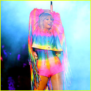Taylor Swift Shows Love to the LGBTQ Community During Wango Tango 2019!