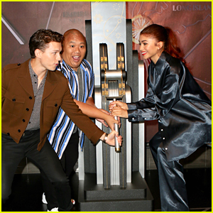 Tom Holland, Zendaya & Jacob Batalon Light Up Empire State Building For The Brothers Trust