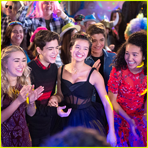 'Andi Mack' Cast Party In Tonight's Series Finale - See The Pics!