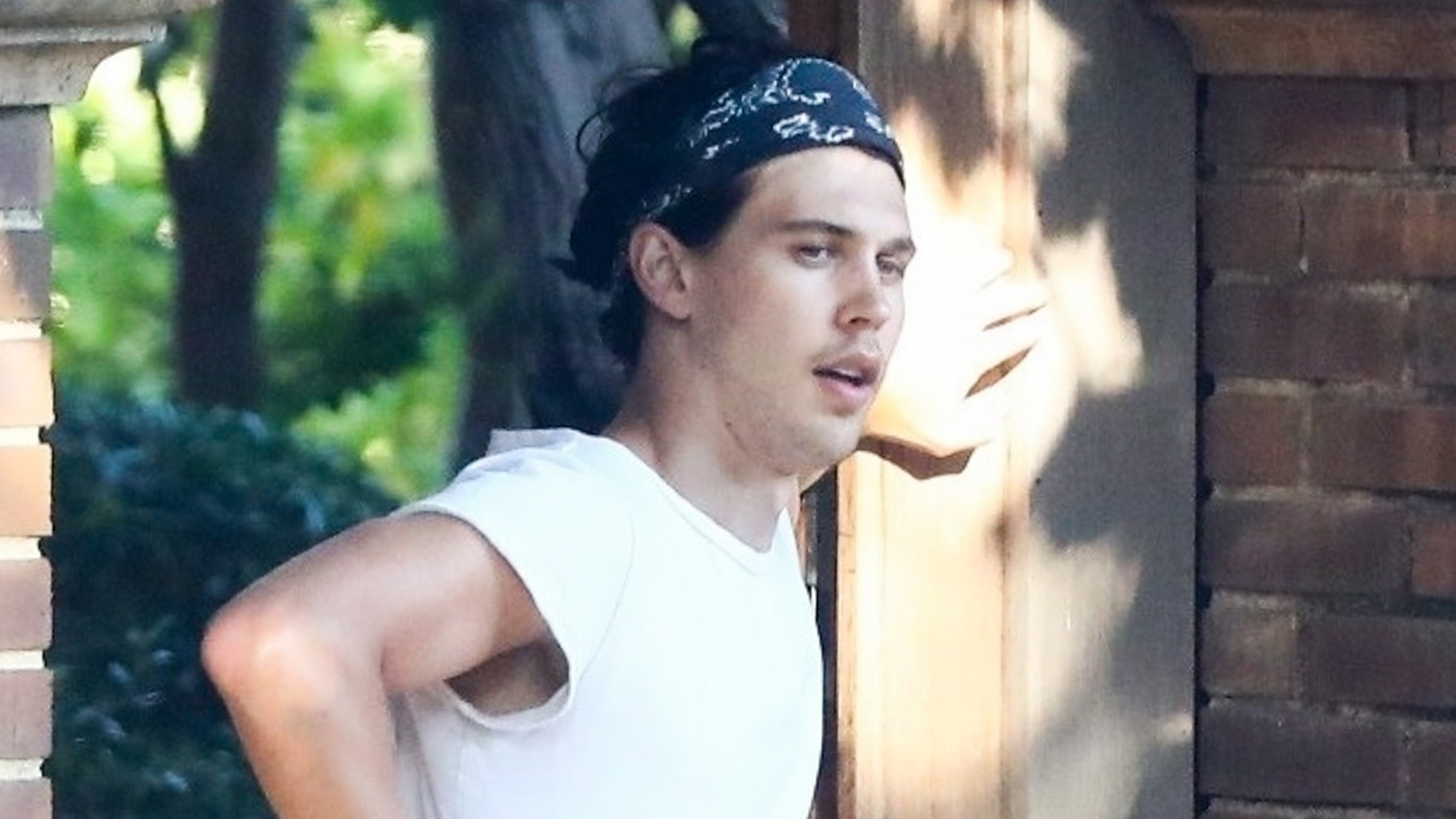 Austin Butler Meets Up with a Friend in LA