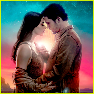 Jeanine Mason & Nathan Parsons Talk How Liz Will Save Max on 'Roswell, New Mexico'