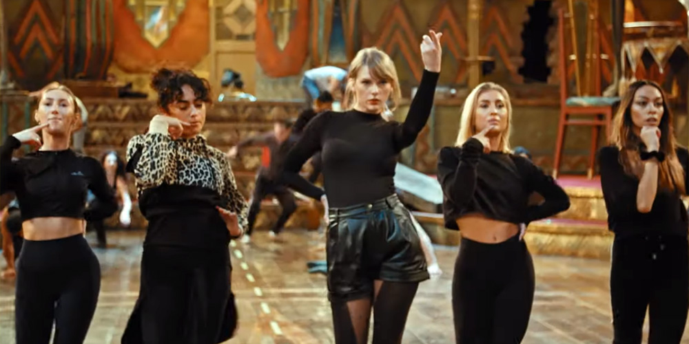 Taylor Swift Dances In First Look Featurette For New Movie 'Cats' – Watch Here!