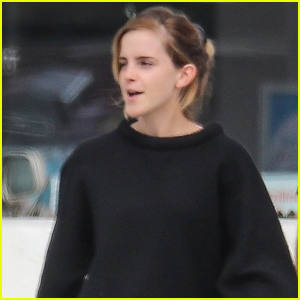 Emma Watson Enjoys Brunch with a Friend in Venice