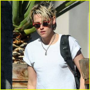 Kristen Stewart Keeps Things Casual for Afternoon Meeting
