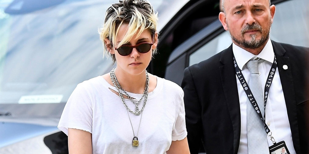 Kristen Stewart Rocks a Cool, Casual Look While Heading to Venice Film Festival