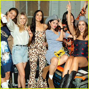 Selena Gomez & Her BFFs Snap Cute Pics with Kacey Musgraves!