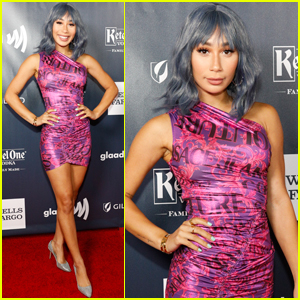 Eva Gutowski Shows Off Blue Hair at GLAAD Gala 2019