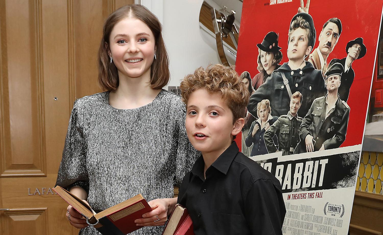 Thomasin McKenzie & Roman Griffin Davis Do Their Reading at 'Jojo Rabbit' Screening!