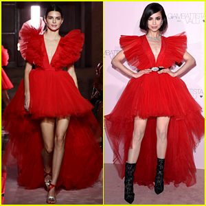 Kendall Jenner & Sofia Carson Wear the Same Dress at Same Event!