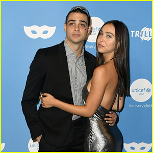 Noah Centineo & Alexis Ren Are Red Carpet Official at UNICEF Masquerade Ball 2019!